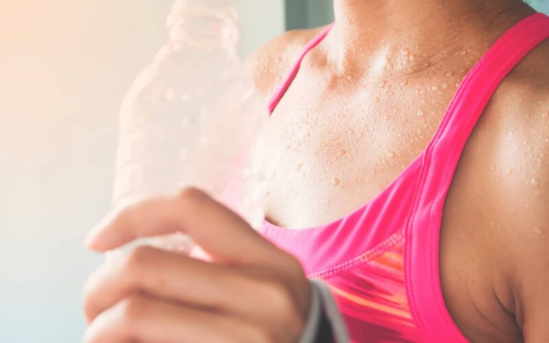 Best Way to Get Sweat Smell Out of Clothes