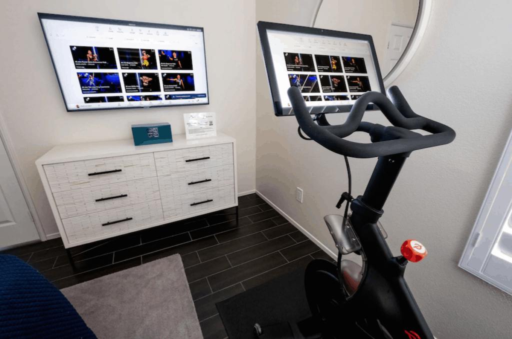 la quinta vrbo vacation rental peloton bike cast to tv
